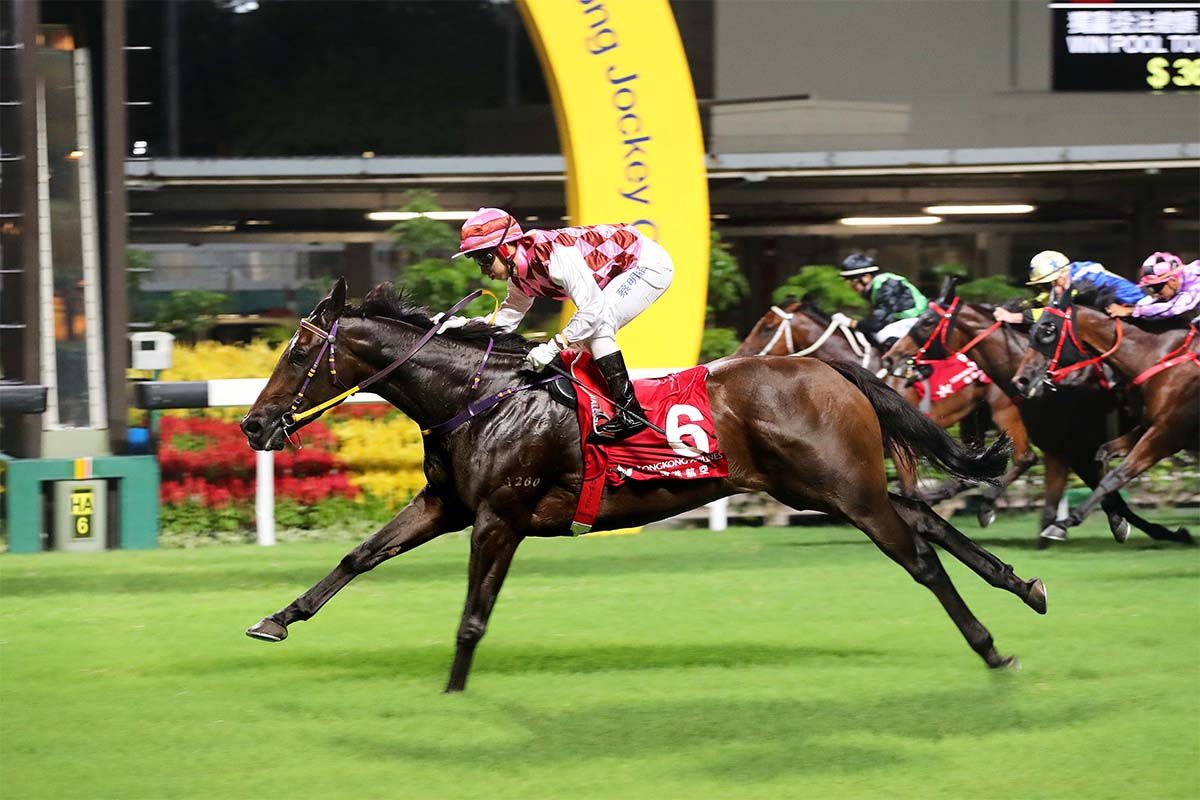 Matthew Chadwick guides Brave Legend to victory in the first race of this season's Hong Kong Airlines Million Challenge.