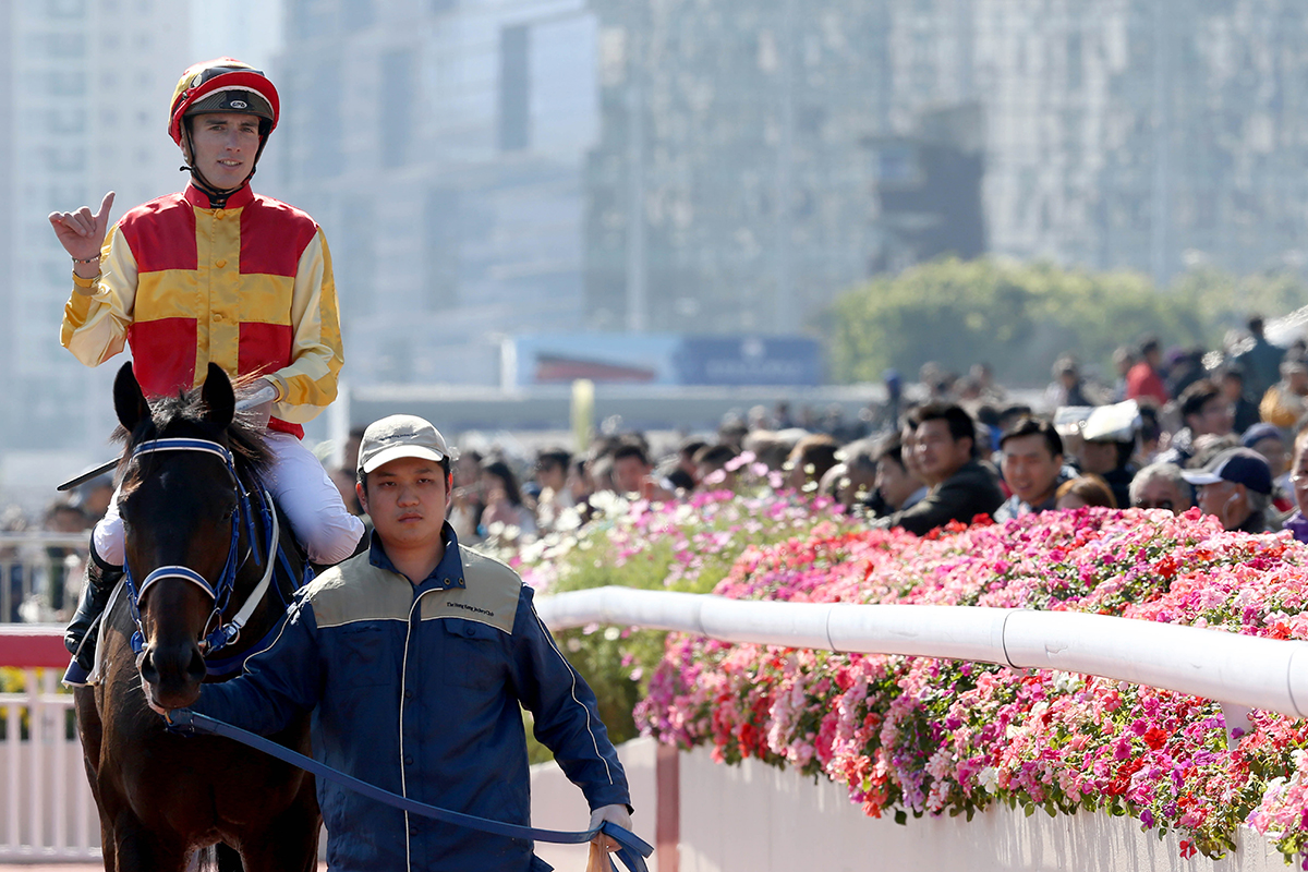 Pierre-Charles Boudot returns after winning aboard Ambitious Heart. The Frenchman scored his first double in Hong Kong.
