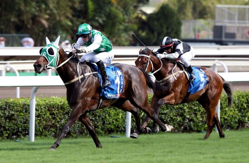 Pakistan Star takes his second G1 win of the season in the Standard Chartered Champions & Chater Cup at Sha Tin today.