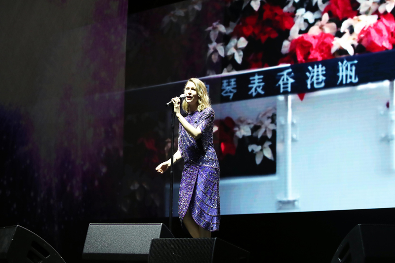 World renowned singer, classical crossover artist and songwriter Hayley Westenra impresses the audience with her beautiful voice backed by the Hong Kong String Orchestra.