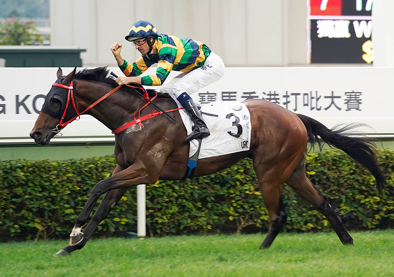 Furore wins the 2019 BMW Hong Kong Derby.